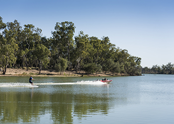 Water skiing on the Murray